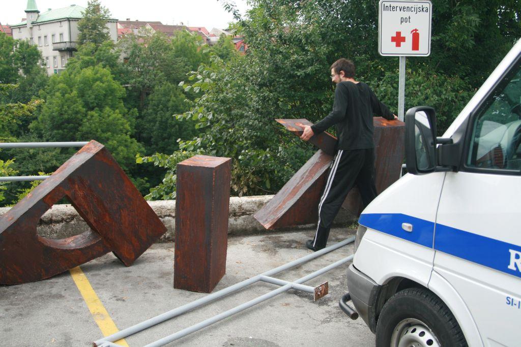 Mediation for sculpture (3)